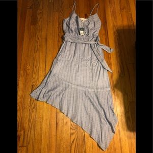 NWT Universal Thread Dress